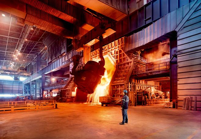 Metall und Stahl